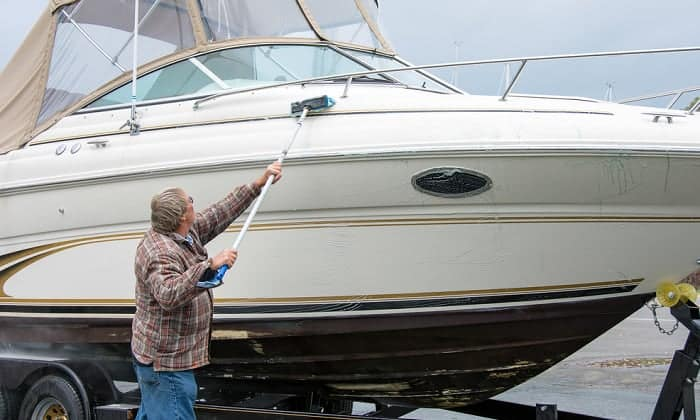 best cleaner for fiberglass boat