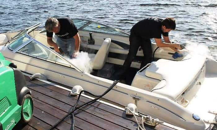 removing-mildew-from-boat-seats