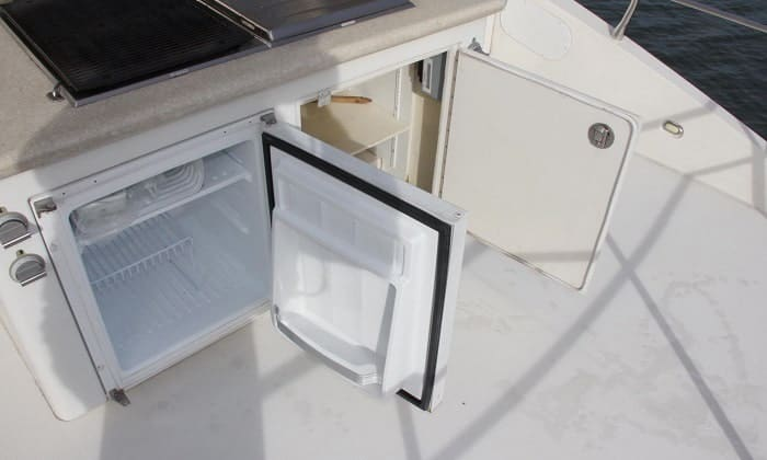 sailboat-refrigerator