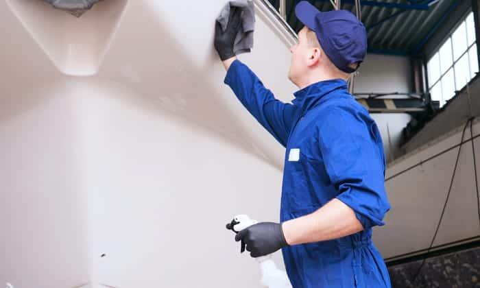 aluminum-hull-cleaner