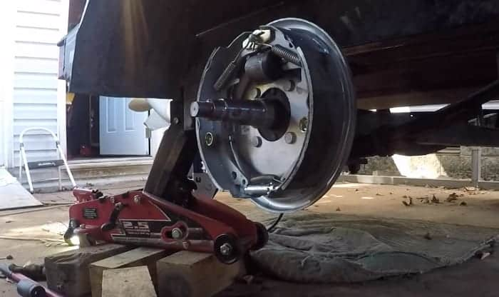 boat-trailer-braking-systems