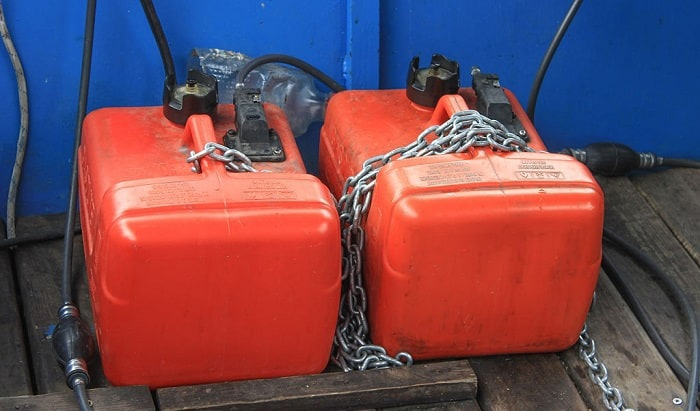 how to drain gas from boat fuel tanks