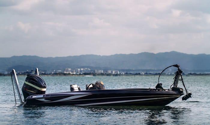 bass-tracker-boat-weight